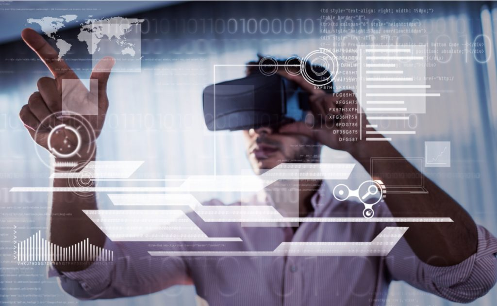 Microsoft Targets Enterprises With Its AR Hololens 2
