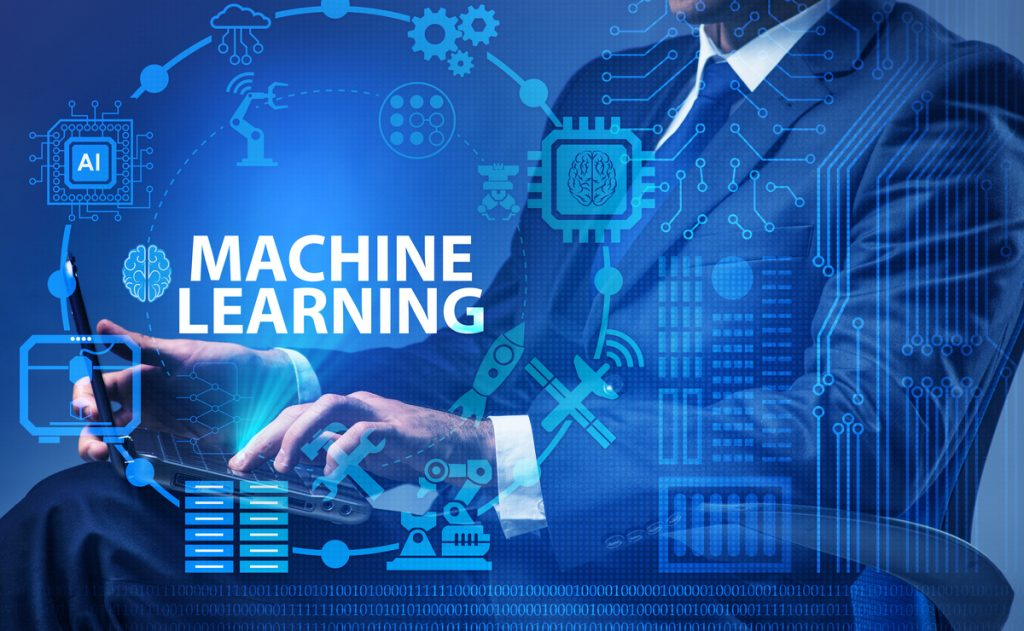 MaxQ chooses Flywheel for Machine Learning Expertise
